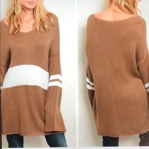Sweaters - Oversized light brown Sweater